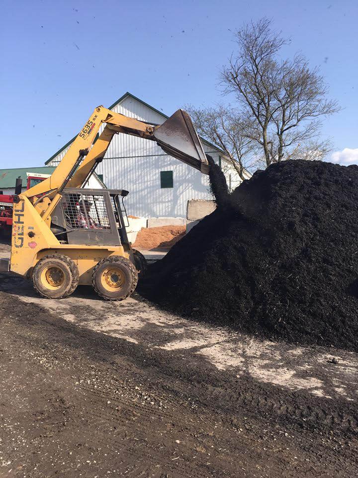 Huffer Trucking and Bulk Services in Frederick, MD premium mulch
