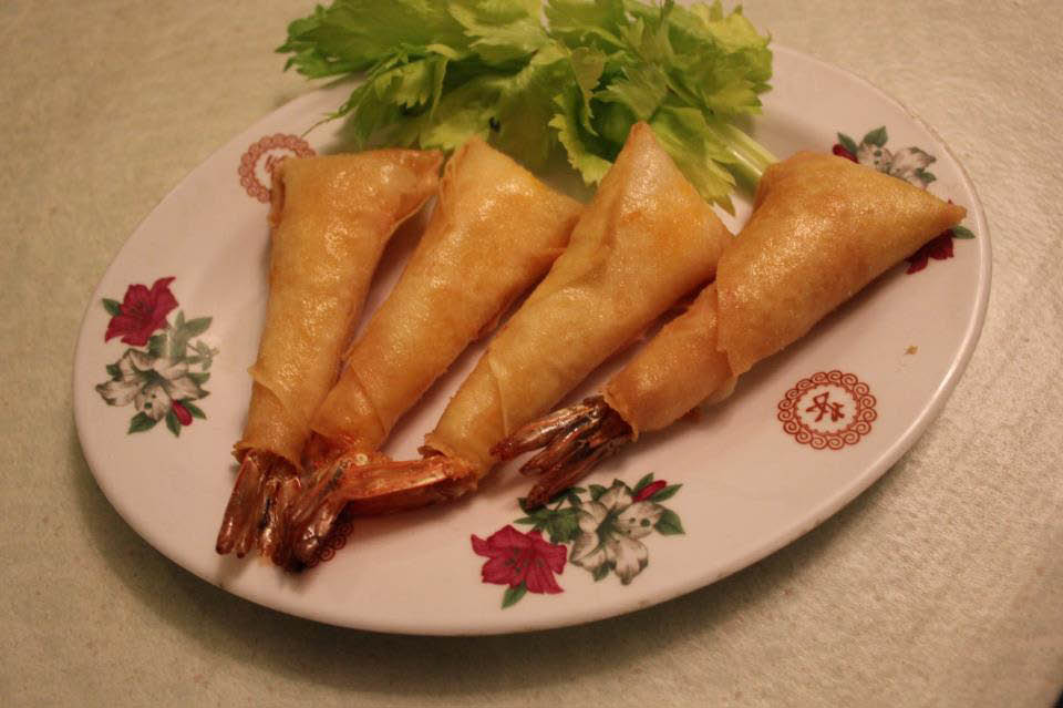 Plate of shrimp rolls served at Hunan Inn in Palos Heights,Il.