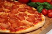 Paesanos-Pepperoni-Pizza