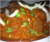 bowl of curry from India's Tandoori near Redondo Beach
