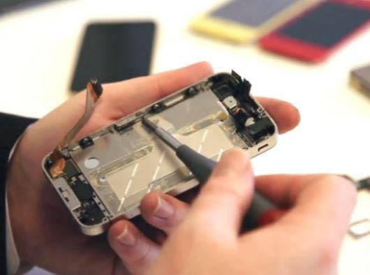 Cell phone repair in West Los Angeles