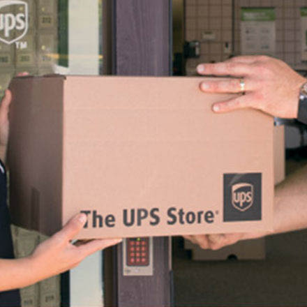 ups store packing shipping services cincinnati ohio