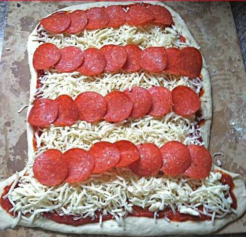 pepperoni pizza, holiday pizza specials, jacks pizzeria, allentown golf course pizza place