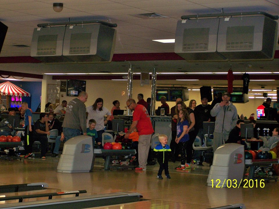 Visit our bowling alley near Reading, PA
