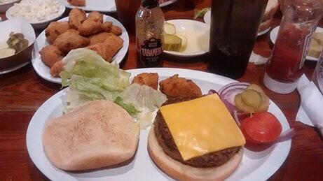JIMBO'S PIT BAR B-Q Cheeseburger platter