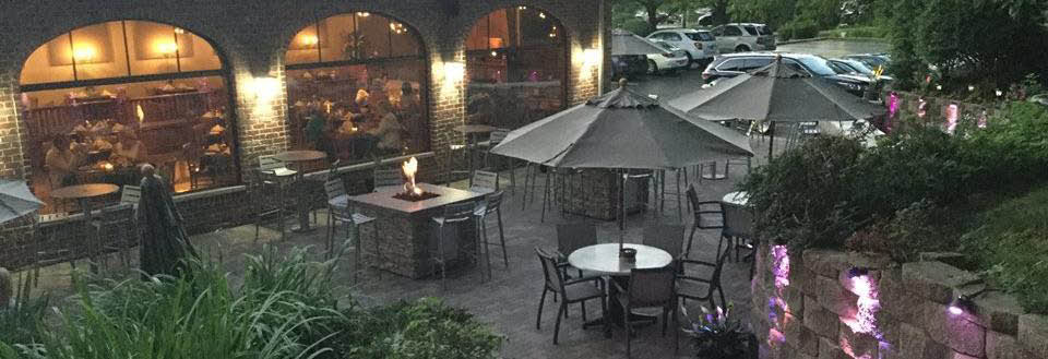 The beautiful patio at Jen's Guest House located in Willow Springs, IL.