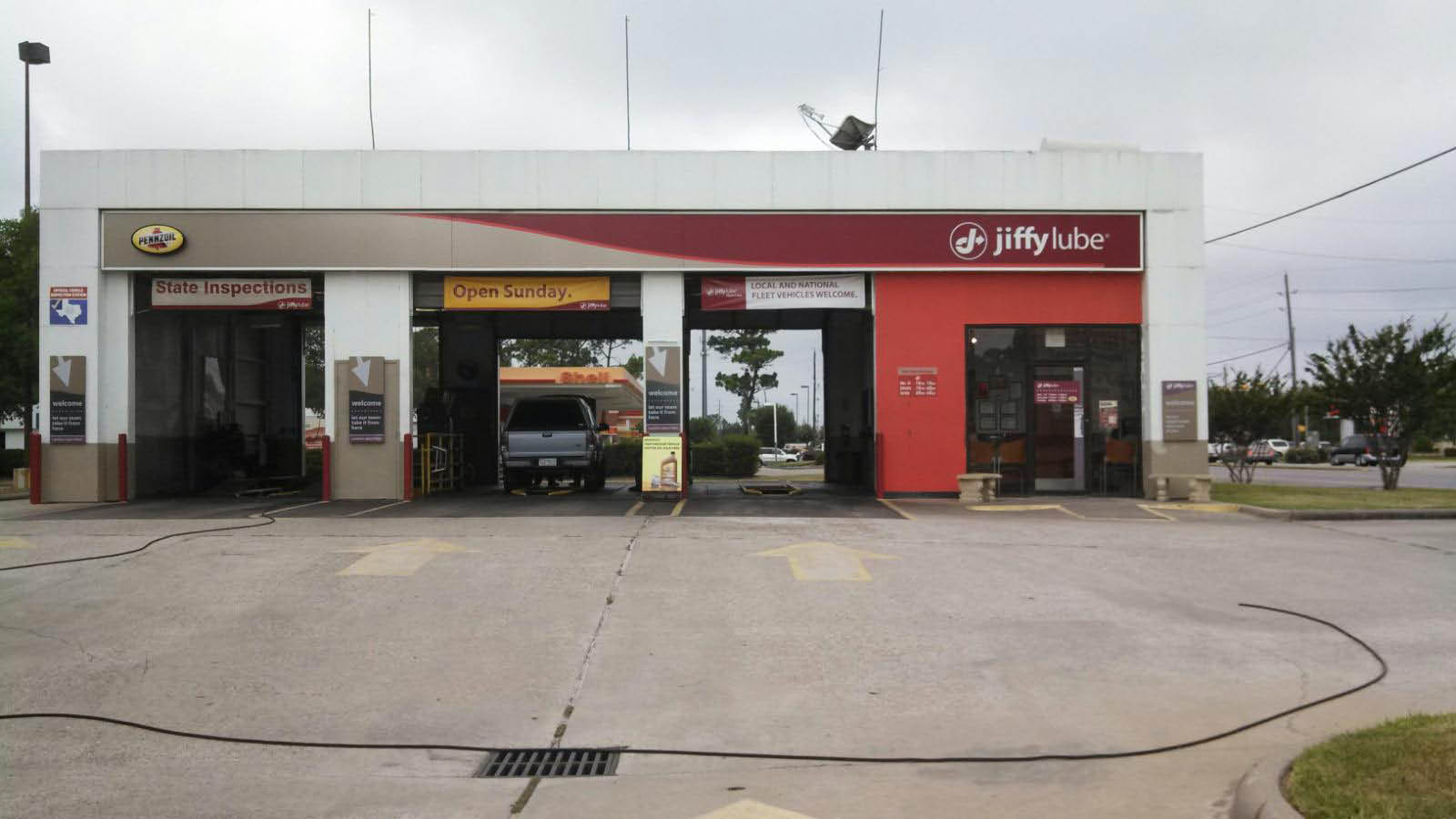 Find our location for a Jiffy Lube Signature Service® Oil Change in Spring, TX