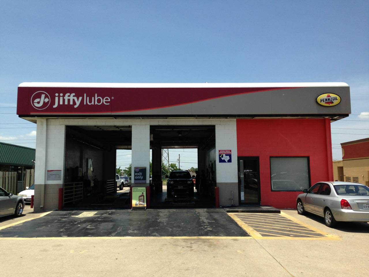 Redeem Jiffy Lube car care and oil change coupons at our auto shop in Webster, TX