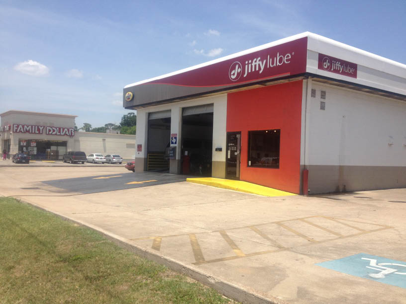 Use Jiffy Lube car care and oil change coupons at our Houston, TX auto service center