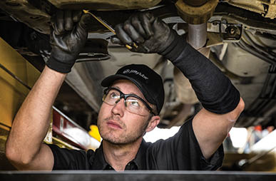 ASE Certified mechanic at Jiffy Lube near Manoa.