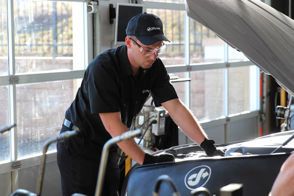 Visit Jiffy Lube in Yorkville, IL for oil changes and preventive maintenance