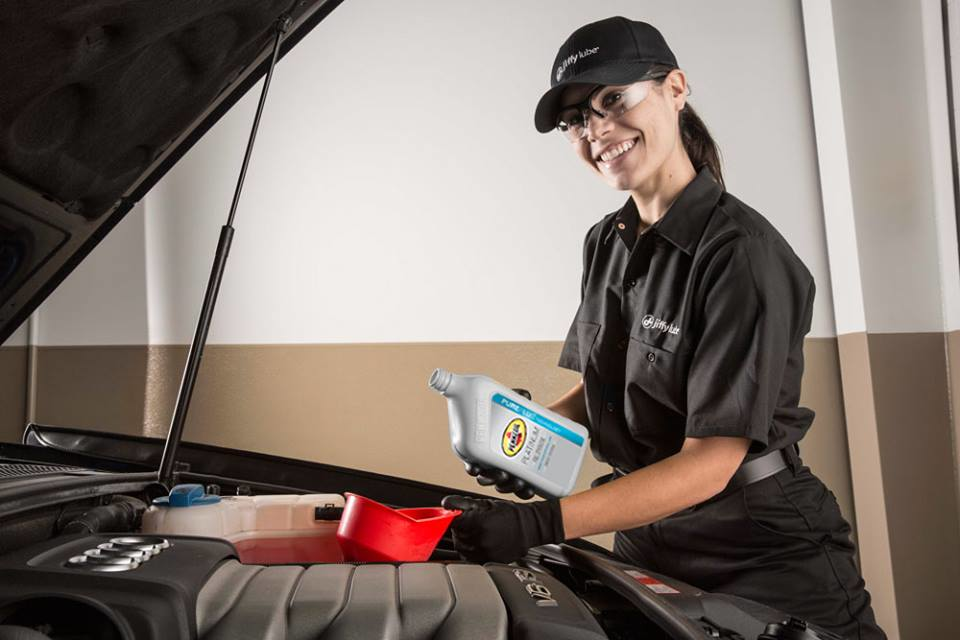Allow our experienced technicians to perform a Jiffy Lube Signature Service Oil Change