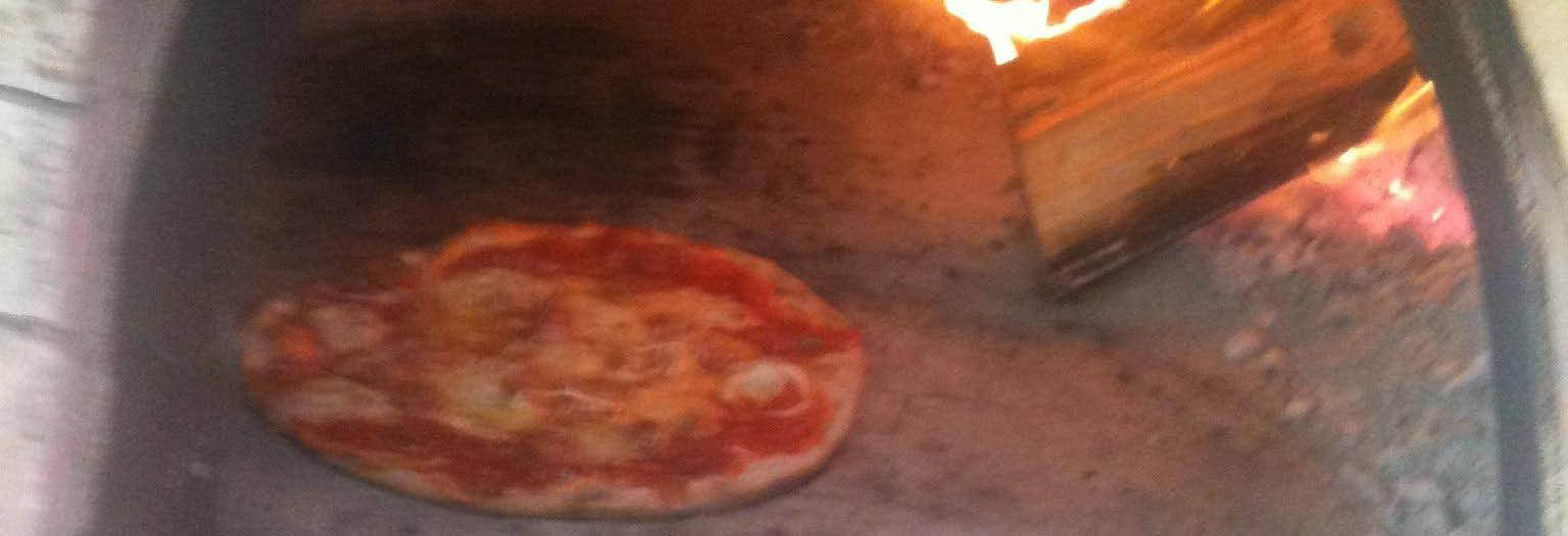Jo-Jo's Pizza fresh-baked in our pizza oven banner