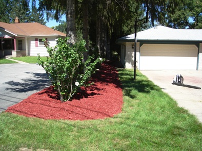 JT Arborists delivery mulch in Harltand, WI