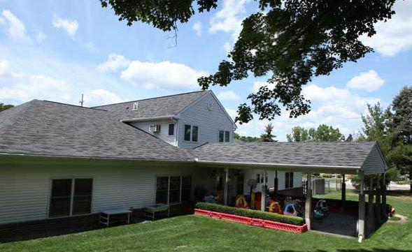 photo of exterior of JTOTs in Farmington Hills, MI