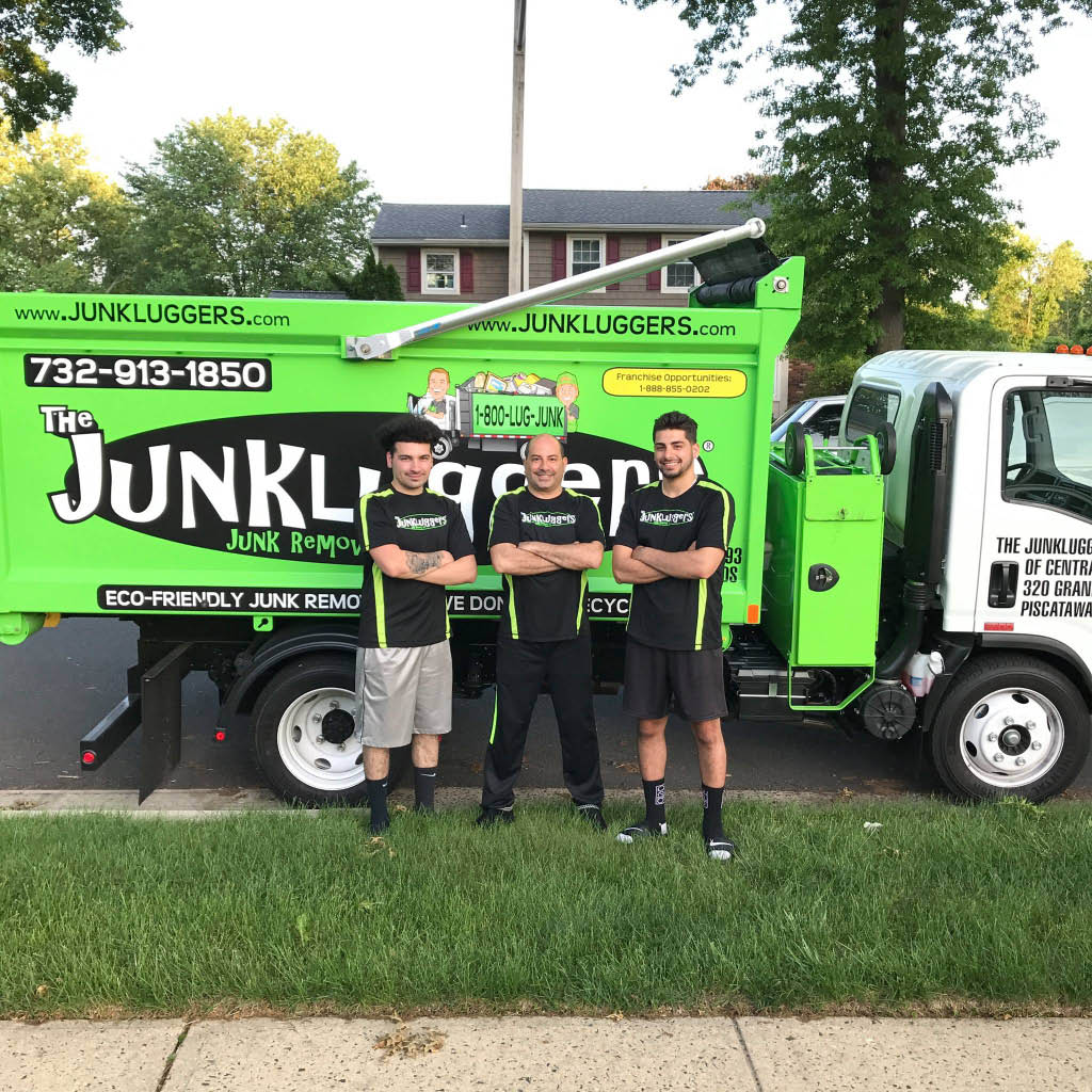 Gotjunk, got junk, trash removal, junk removal, itex, moving company, moving, waste management, wm, wm bag, bagster, furniture removal, garbage removal, dumpster, ecofriendly waste management, cleanout