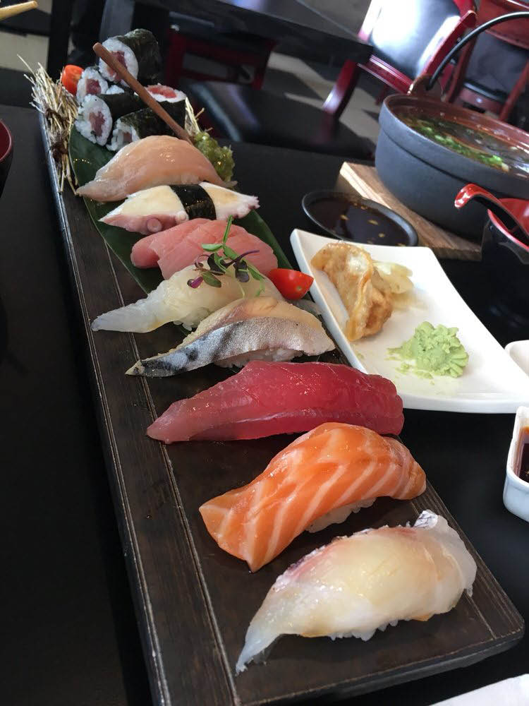 Sushi, seafood restaurants near Ardenwood