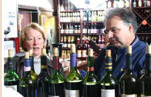 Wine tasting, tasting room near Poughkeepsie