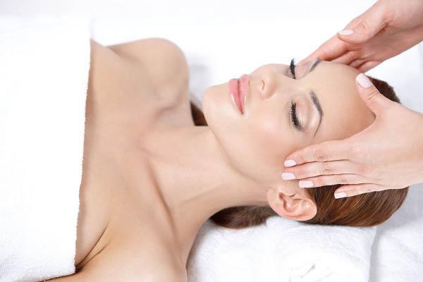 Kenneth's Hair Salons & Day Spas facials