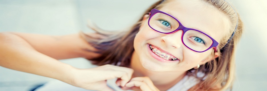 family orthodontist discounts braces emergency repair near the East Valley