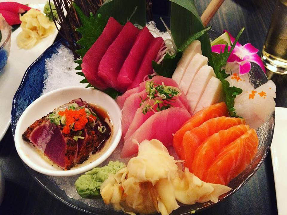 Fresh plates of sushi and sashimi made by our sushi chef close to Newington, CT
