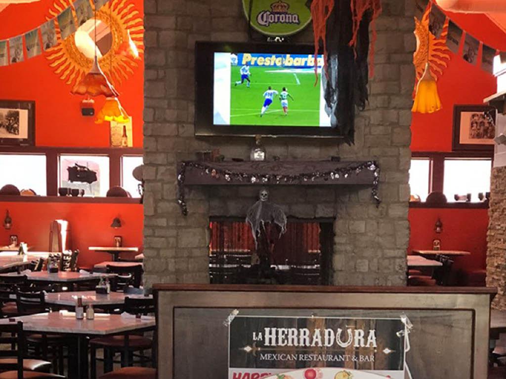 La Herradura Mexican Restaurant & Bar