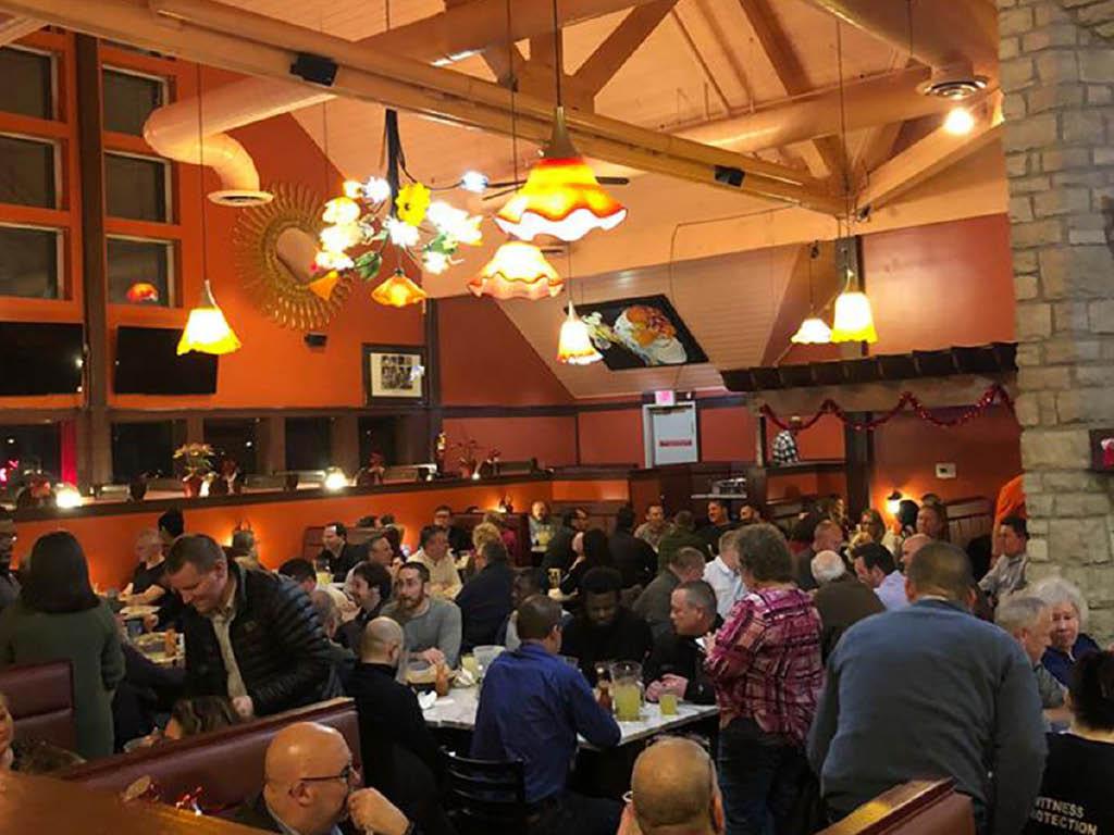 La Herradura Mexican Restaurant & Bar dining room