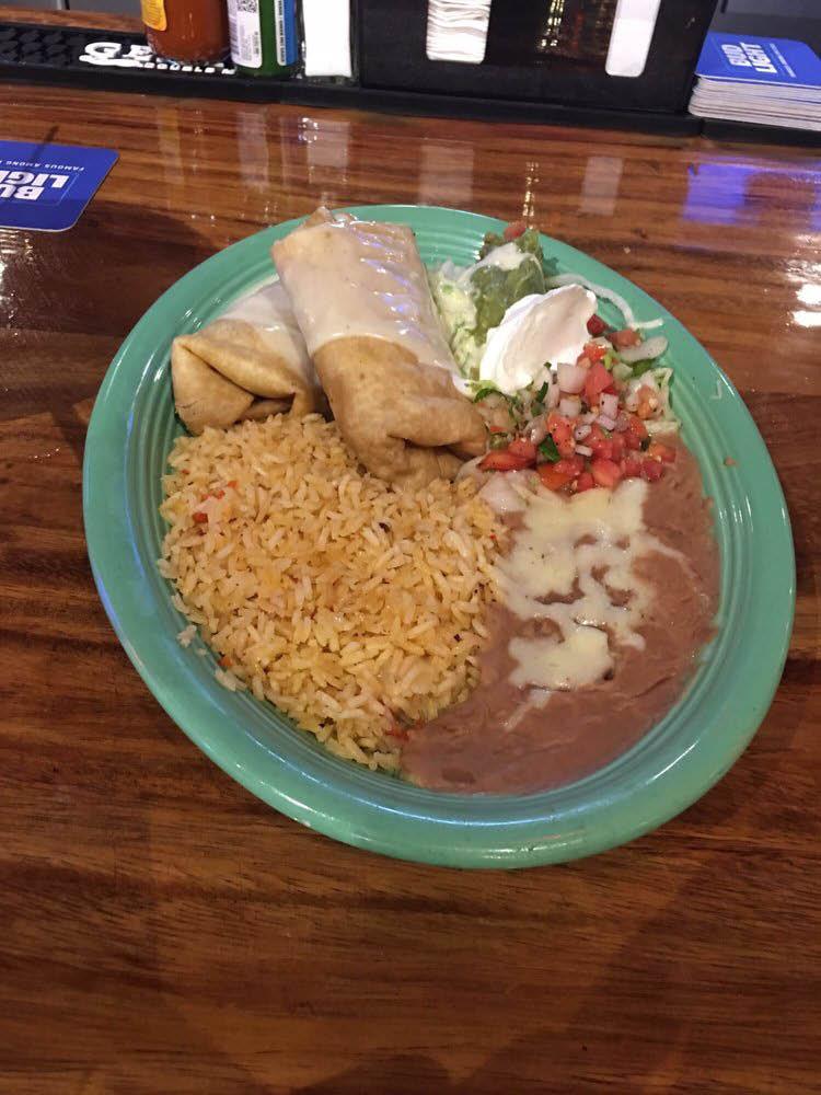 las-trojas-burrito-dish