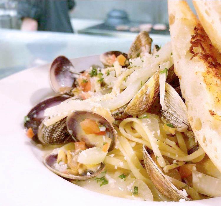 pasta seafood clams restaurant bellingham sunset