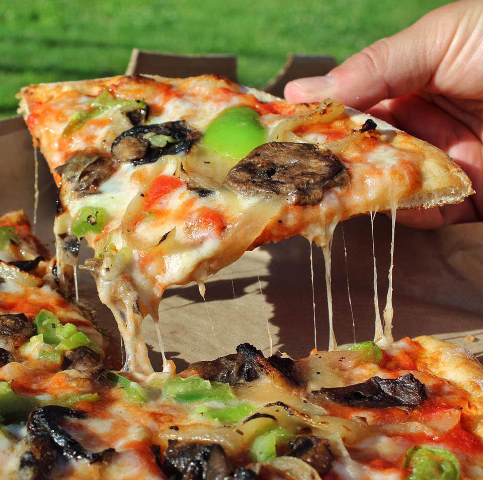 little box serves up vegetable pizza using whole milk mozzarella cheese that is 100% natural
