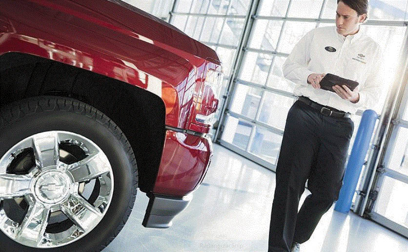 Service and Collision Center at Lou LaRiche Chevrolet in Plymouth, MI