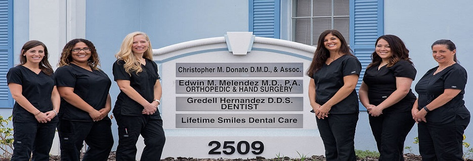 Lifetime Smiles Dental Care of Tampa, FL banner