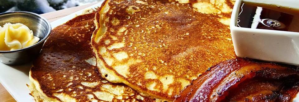breakfast pancakes bacon