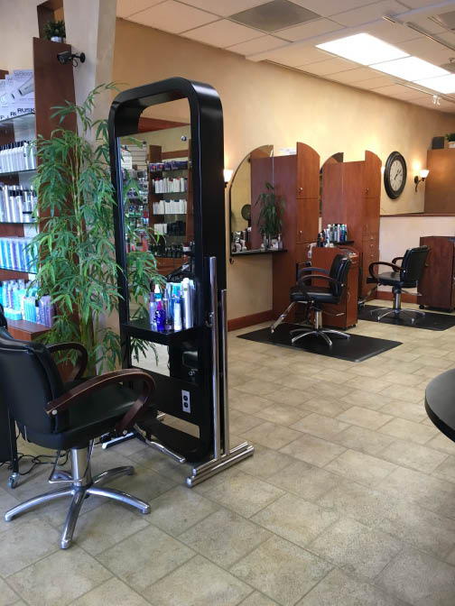 Hair products for men near Santa Venetia, CA
