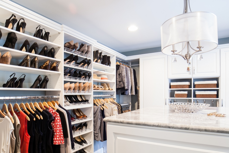 walk-in closet from closet america serving virginia, maryland, washington dc