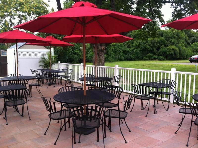 outdoor patio, outdoor dining, dining al fresco, outdoor dining near me, outdoor patio near me