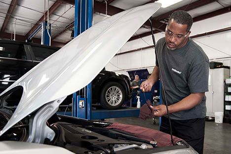 Get an oil change in Addison, IL at Meineke.