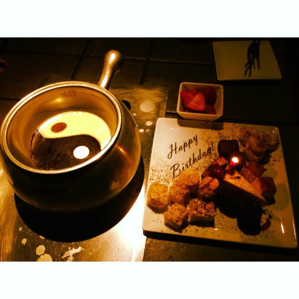White and milk chocolate fondue with dippers