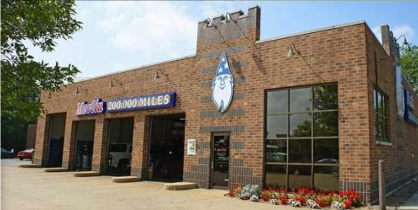 Exterior of Merlin 200,000 Miles Auto Shop in Algonquin, IL