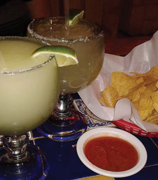 drinks and chips at Mexico Real in Fort Worth, TX