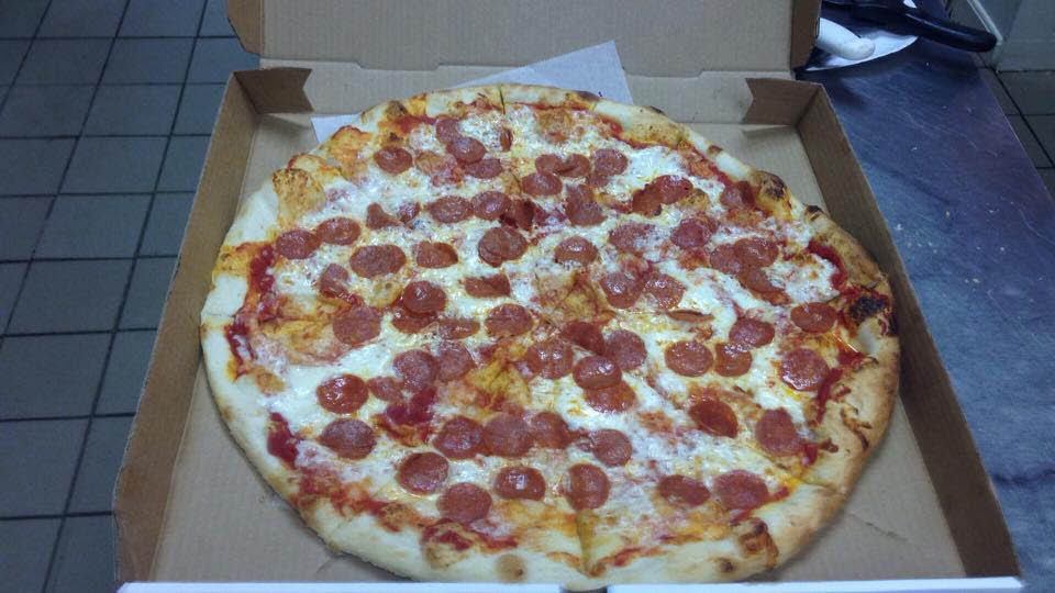 pizza by the slice or by a whole pie