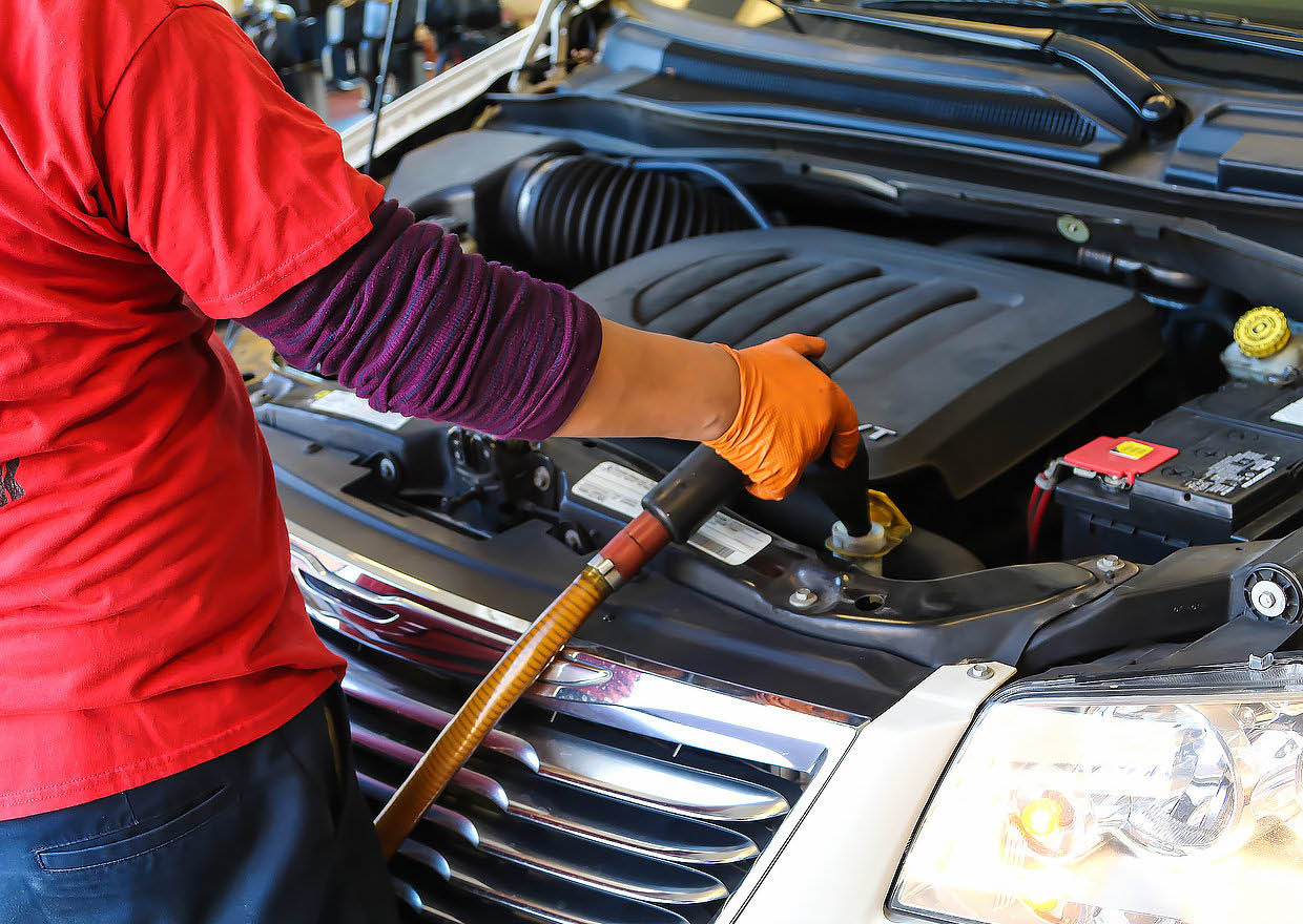 oil change jiffy lube Englewood NJ nearest jiffy lube New Jersey closest jiffy lube Englewood New Jersey tune up near me Englewood New Jersey jiffy lube near my location Bergen County car mechanic near me Englewood NJ