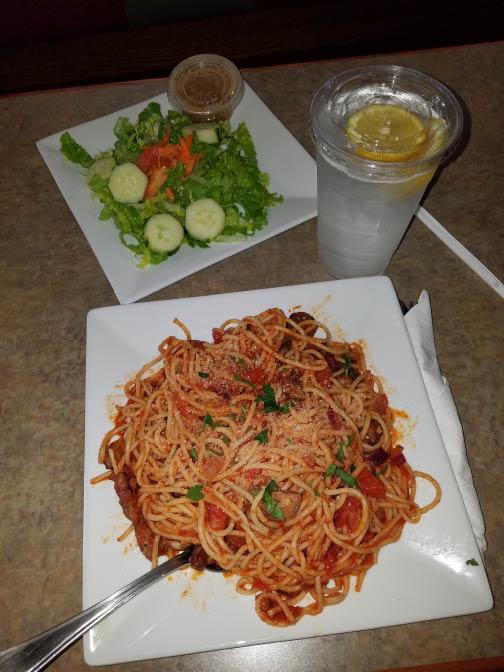 Italian restaurant,pizza,pasta,desserts,family dining, delivery,deals,pizzeria