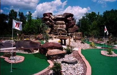 birthday parties,fundraisers at mini golf,school trips to mini golf in fairless hills,miniature golf birthday parties