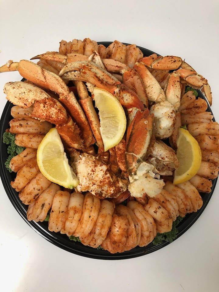 Cajun-Shrimp-&-Dungeness-Crab-Platter