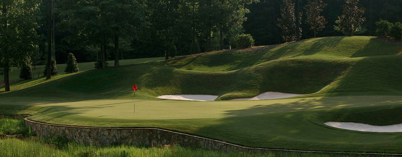 Rolling hills and beautiful greens in Blythewood, SC