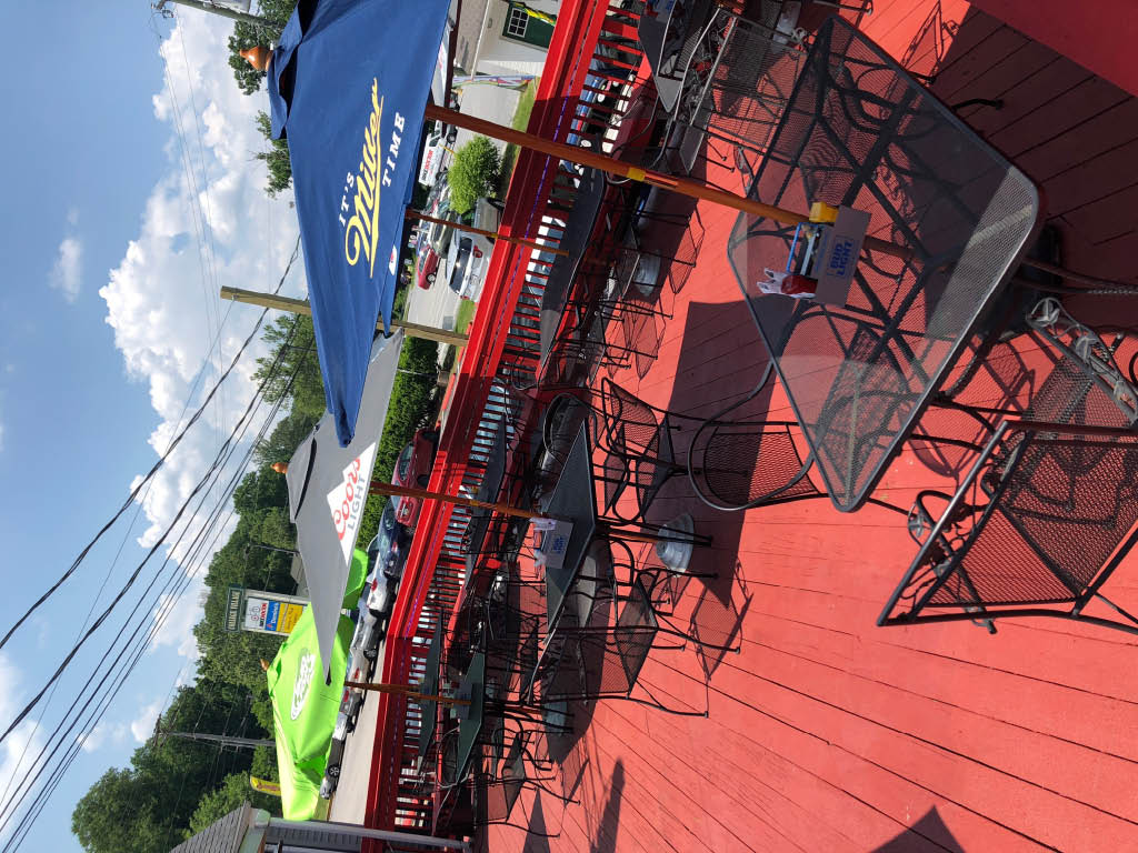mother's peninsula grille in arnold, md patio