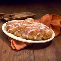 cinnamon sweet dough dessert