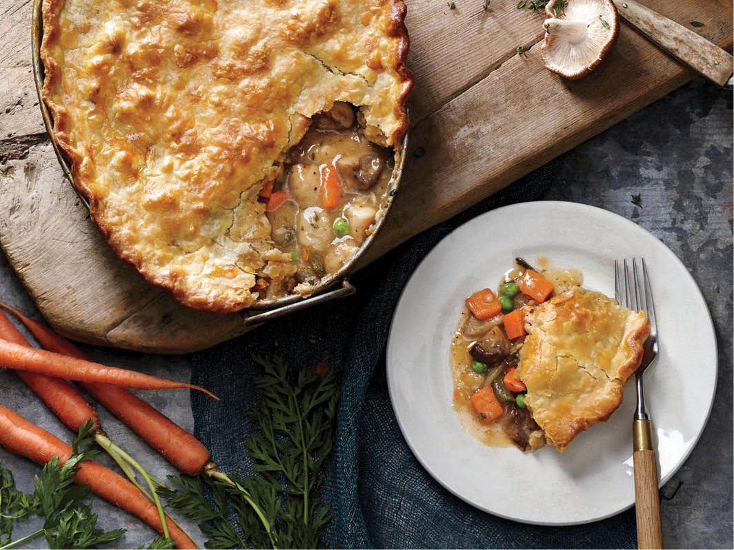 Muffs kitchen chicken pot pie food delivered food in Calidonia, WI