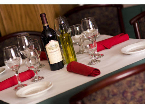 Cheap wine  and dinner deals near Hickory Hills